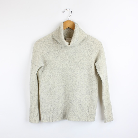 Aritzia Community Plutarch Sweater